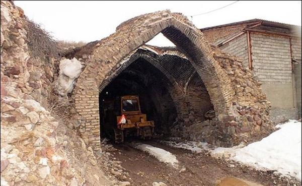 رئیس سازمان میراث فرهنگی: وضعیت کاروانسرای گدوک فیروزکوه قابل توجیه نیست