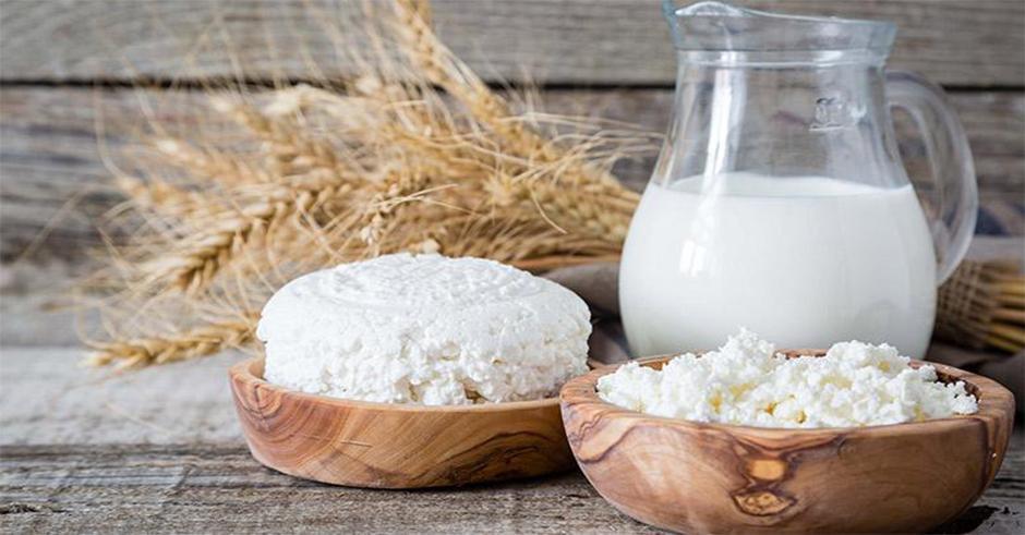 پروتئین کازئین را چطور و چه زمانی مصرف کنیم؟