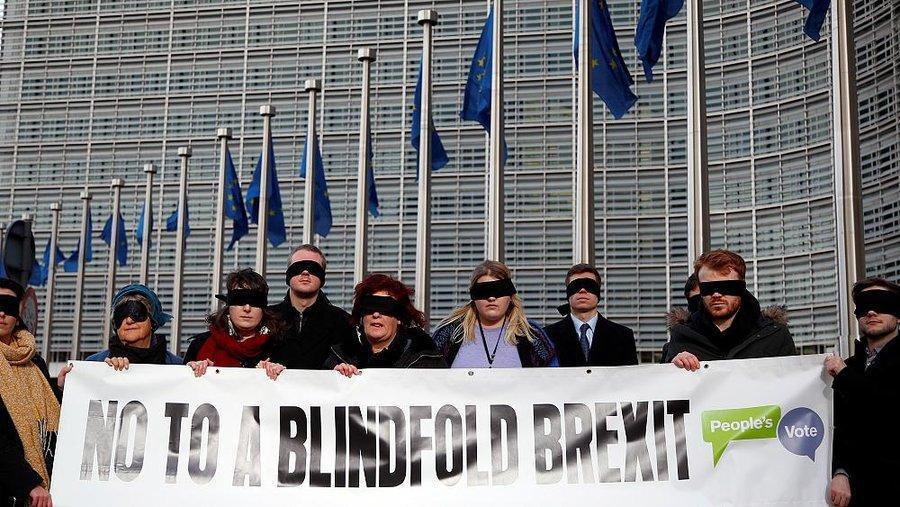 بریتانیا کاری به مناسبات اتحادیه و ایرلند نداشته باشد