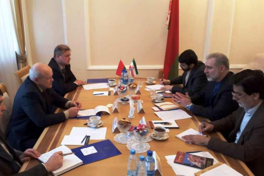 دیدارهای پی درپی سفیر ایران در بلاروس برای گسترش روابط
