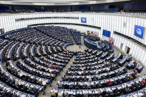 راستگرایان در یک قدمی کسب اکثریت مجلس اروپا