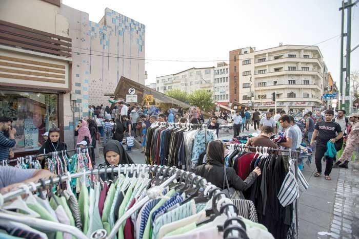 اعتراض دستفروشان چهارراه ولیعصر