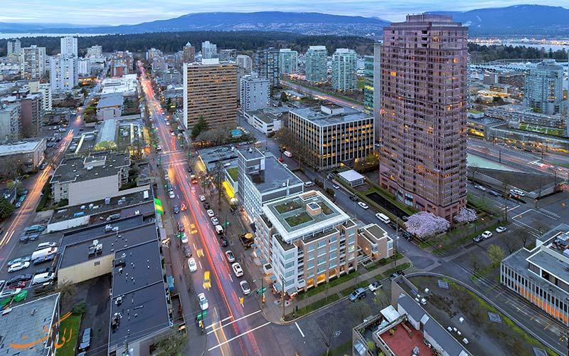 راهنمای گشت و گذار در خیابان رابسون ونکوور