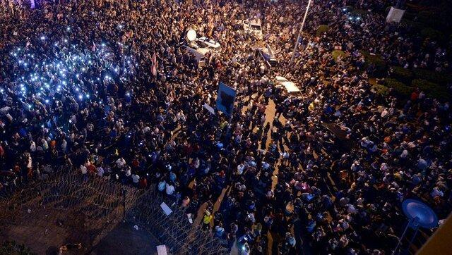 تشکیل جلسه دولت لبنان همزمان با فراخوان معترضان
