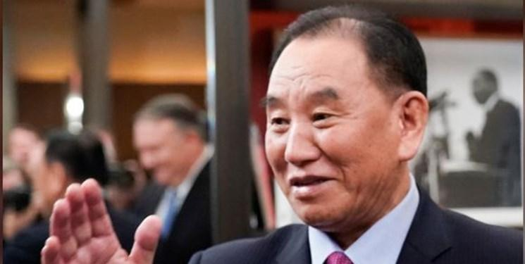 مذاکره کننده ارشد هسته ای کره شمالی رهبر این کشور را همراهی کرد ، خبر روزنامه کره جنوبی اشتباه بود؛ کیم یونگ چول اعدام نشده