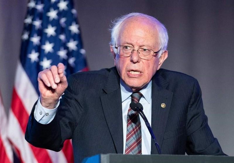 کنایه سندرز به بلومبرگ: میلیاردر ها نباید بتوانند انتخابات را بخرند