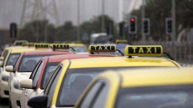 رانندگان تاکسی کارت اعتباری معیشت می گیرند