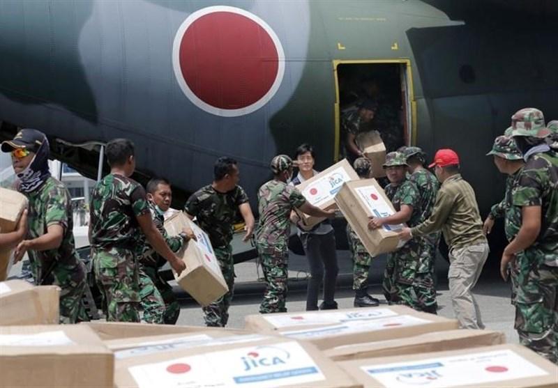 ارسال یاری های بشردوستانه برای مردم زلزله زده اندونزی