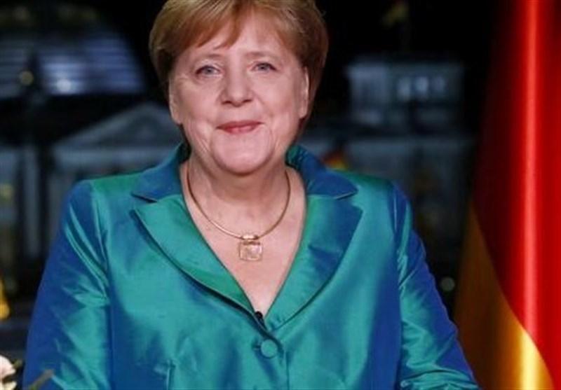 مرکل: شاید لازم باشد مدت طولانی با کرونا زندگی کنیم، آلمانی ها به محدودیت ها پایبند باشند
