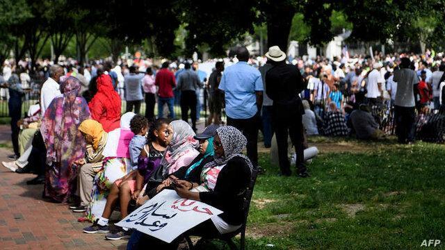 راهپیمایی سودانی ها مقابل کنگره آمریکا برای حذف نام کشورشان از فهرست تروریسم