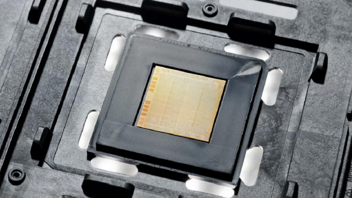 IBM از اولین تراشه 7 نانومتری خود برای نسل بعد رونمایی کرد