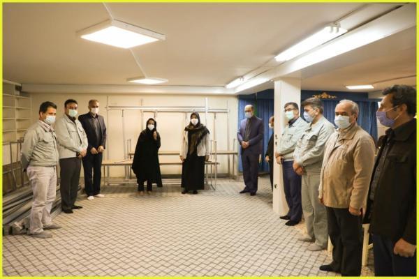 تجهیز 200 کارگاه قالیبافی خانگی با کمک مجتمع فولاد خراسان