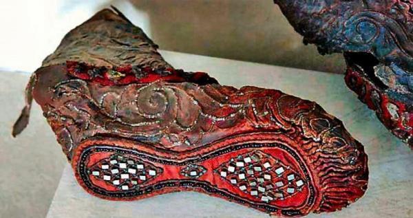 کفش باستانی سکاها که 2300 سال عمر دارد
