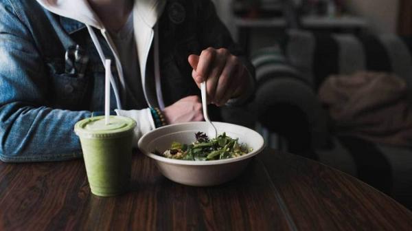 معرفی 18 مورد از تنقلات بدون قند، خوشمزه و سالم
